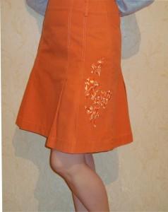Оригинальная вышивка надписей на одежде